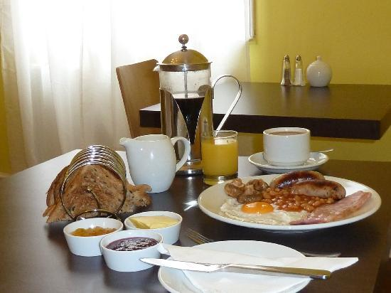 Grosvenor Place Guest House: Our delicious breakfasts