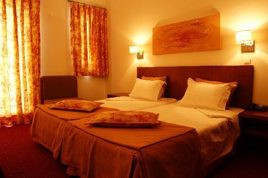 Hotel das Amoras: Bedroom