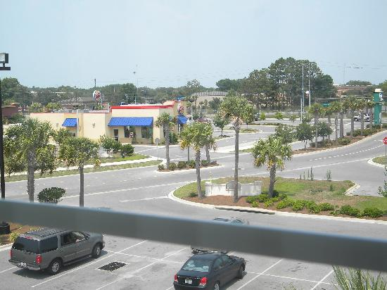 La Quinta Inn & Suites Panama City Beach: This was the view from our room!