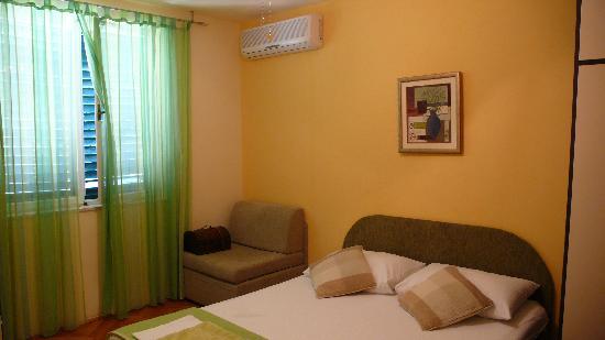 Dubrovnik Residence : Green room