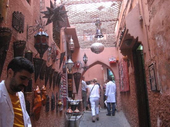 Dar la Cle de la Medina : la rue du riad