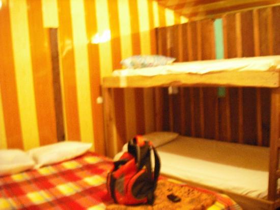 Catarata Rio Celeste Hotel: interior of room 2, sleeps 4