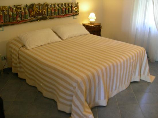 CasaLorenza : Bedroom - Room Nettuno