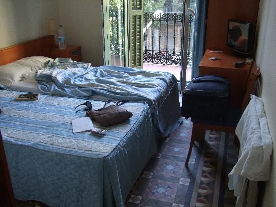 Hostal Eixample: Room