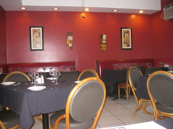 Lisa's Cafe of Madeira: casual dining with some flair