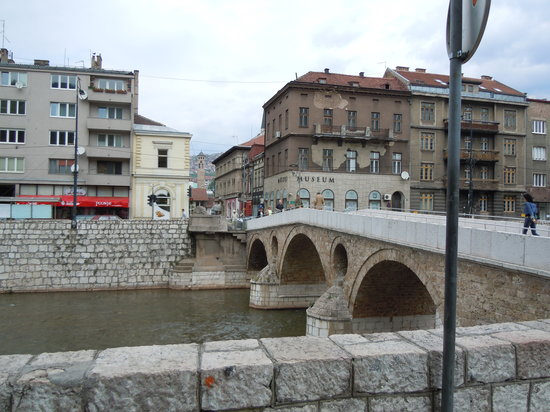 Neno & friends free Sarajevo walking tours