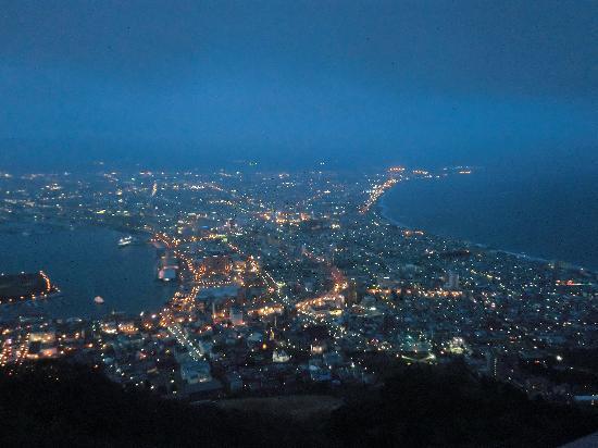 Mount Hakodate : トワイライトタイムの函館山 2011年5月訪問