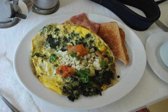 Casa Grande Mountain Retreat: My wonderful breakfast omelet