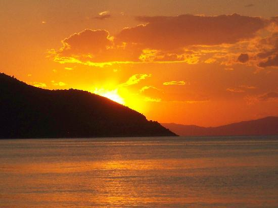 Thetis Apartments And Studios: Thassos sunset