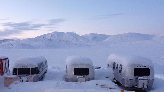 Leelie Lodge: The Lodge in Winter