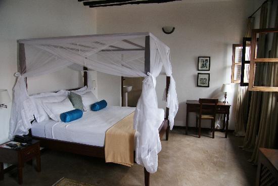 Kisiwa House: The room