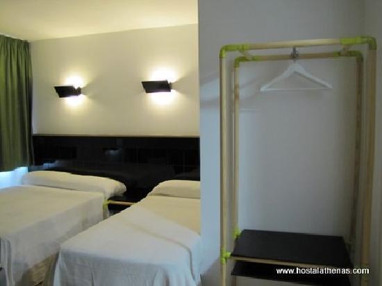 Hostal Athenas: Habitación doble con baño 2 camas