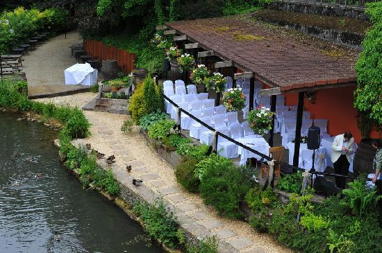 Egypt Mill Hotel & Restaurant: Setting for the outside Ceremony