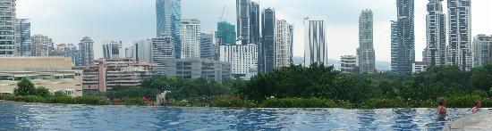 Mandarin Oriental, Kuala Lumpur: Panoramic view of the city across the pool
