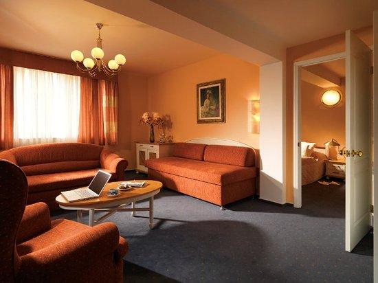 Hotel Julian: Suite