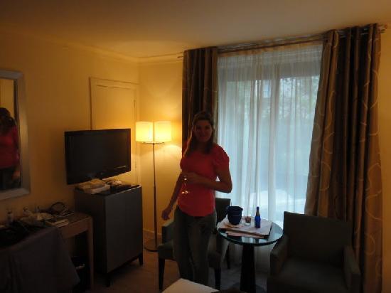 Garden Elysee Hotel: romm