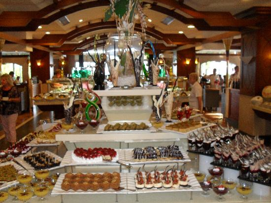 Alva Donna Beach Resort Comfort: Dessert choices in Main restaurant