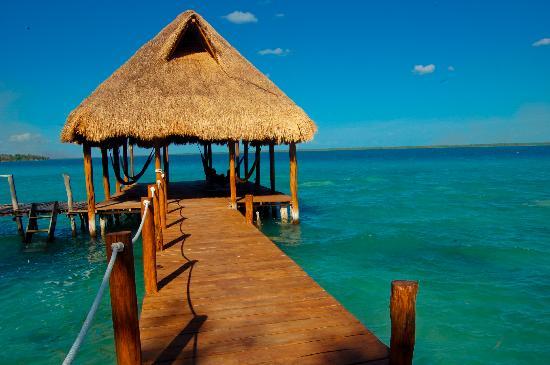 El muelle del hotel picture of rancho encantado bacalar for Villas wayak bacalar