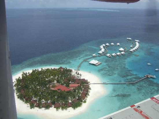 Diamonds Thudufushi: view from sea place