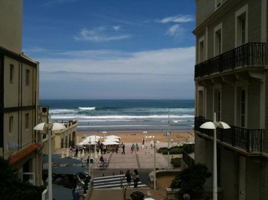 Grand Tonic Hotel Biarritz : About three mins from the Grand Plage