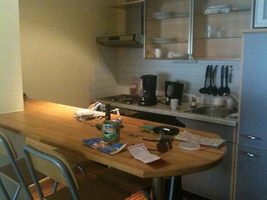 Vienna Comfort Apartments: the apartment kitchen