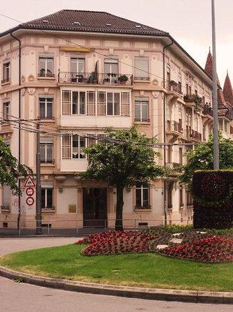 BnbLausanne.ch: Building