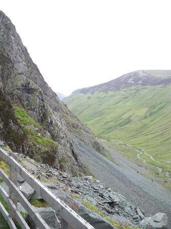 Honister Slate Mine : view of the mountain side