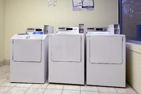 ريد روف إن ساوث ديرفيلد: Guest laundry