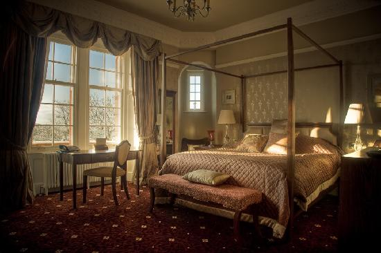 Carnbooth House Hotel: bedroom