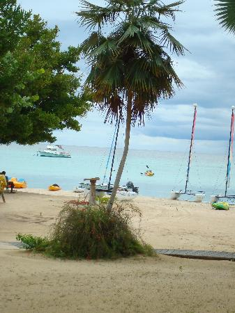 Couples Negril : View from the patio of a beachfront room