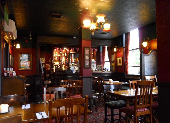 Bag O' Nails: Dining room and bar - upstairs