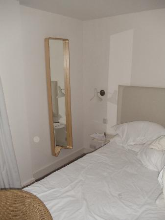 Malmaison Brighton: Full length mirror by the side of the bed