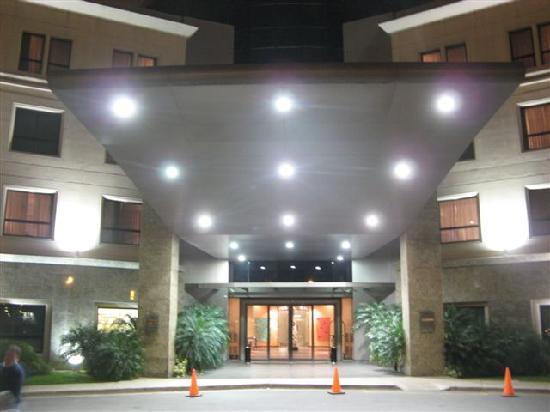 Holiday Inn Cordoba: Entrada Principar
