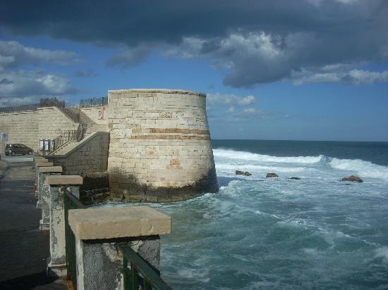 Tempio di Apollo: A straight walk from the Temple of Apollo will take you to this sea wall.