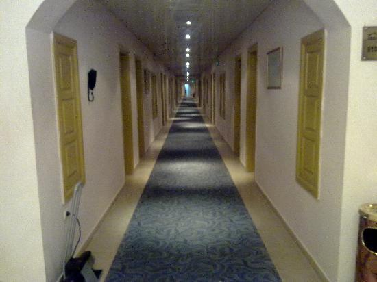 Hotel Eden Airport : le couloir