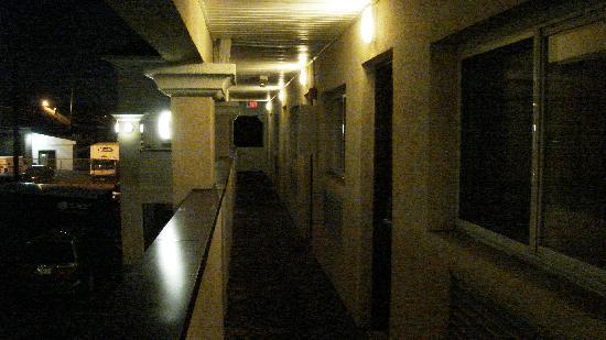 Rodeway Inn: exterrieur