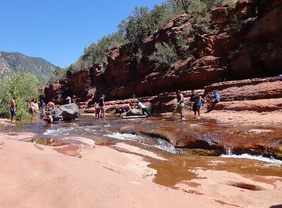 Slide Rock State Park : Families enjoying the water