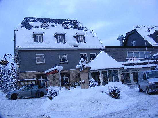 Sporthotel Landhaus Wacker: Hotel
