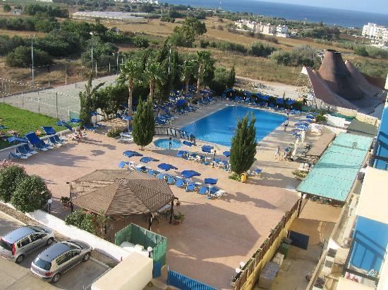 Kapetanios Bay Hotel: Вид из нашего окна
