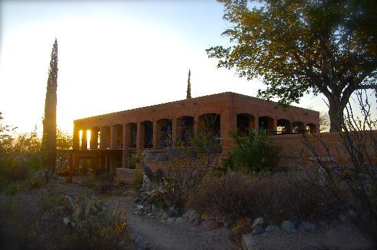 Hilltop Hacienda Bed and Breakfast: Hilltop Hacienda at sunset...