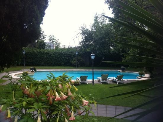 Villa Paradiso dell'Etna: la piscina