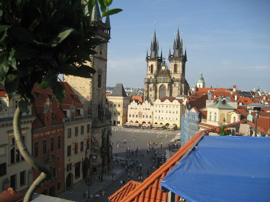 La vue photo de terasa u prince prague tripadvisor for Terrace u prince prague
