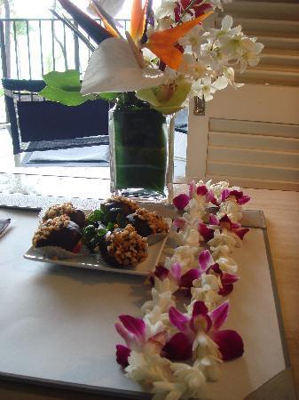 Halekulani Hotel : greetings for my bday from management