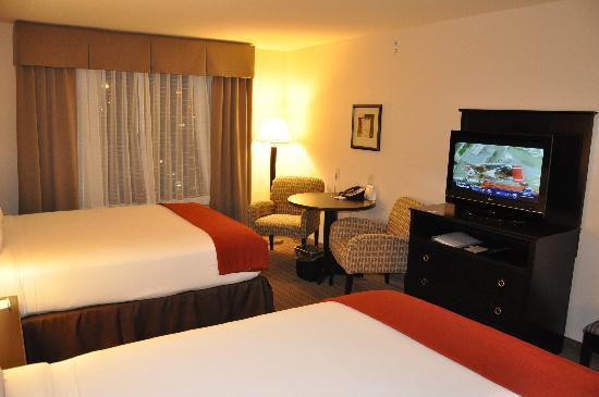 Holiday Inn Express & Suites El Paso Airport Area: twin bed room