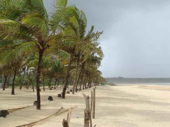 The Leela Goa: Beach Side View