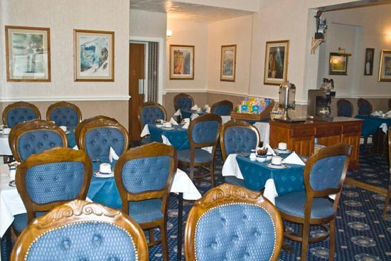 Canasta Hotel: DINING ROOM