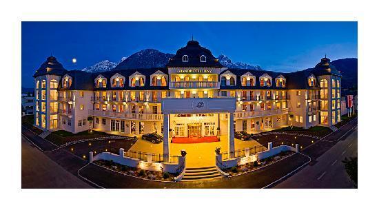Grand Hotel Lienz: Hotel Nordseite
