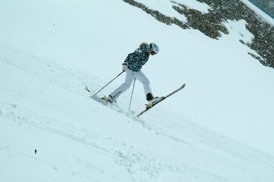Neustift im Stubaital, Østerrike: having fun with our custom made skis