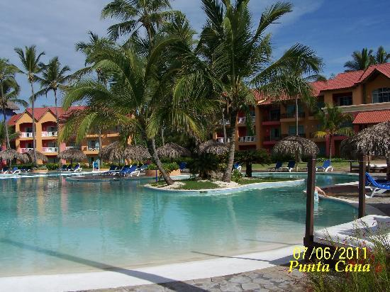 Punta Cana Princess All Suites Resort & Spa: pool
