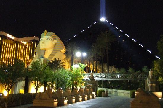 Las Vegas, NV: Luxor